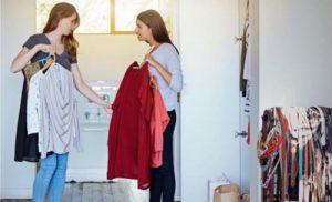 راهکارهای کُند کردن روند صنعت فست فشن - Solutions to slow down the fast fashion